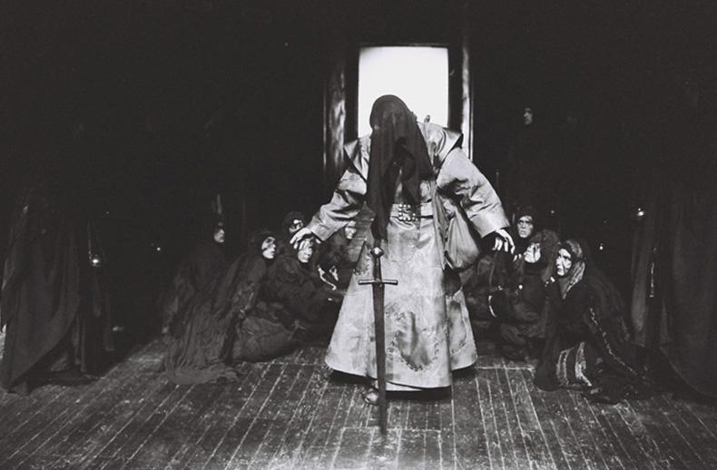 omorul in catedrala, 1995 - mihai maniutiu